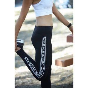 Avocado Yoga - Inspire Beauty - Leggings - XS